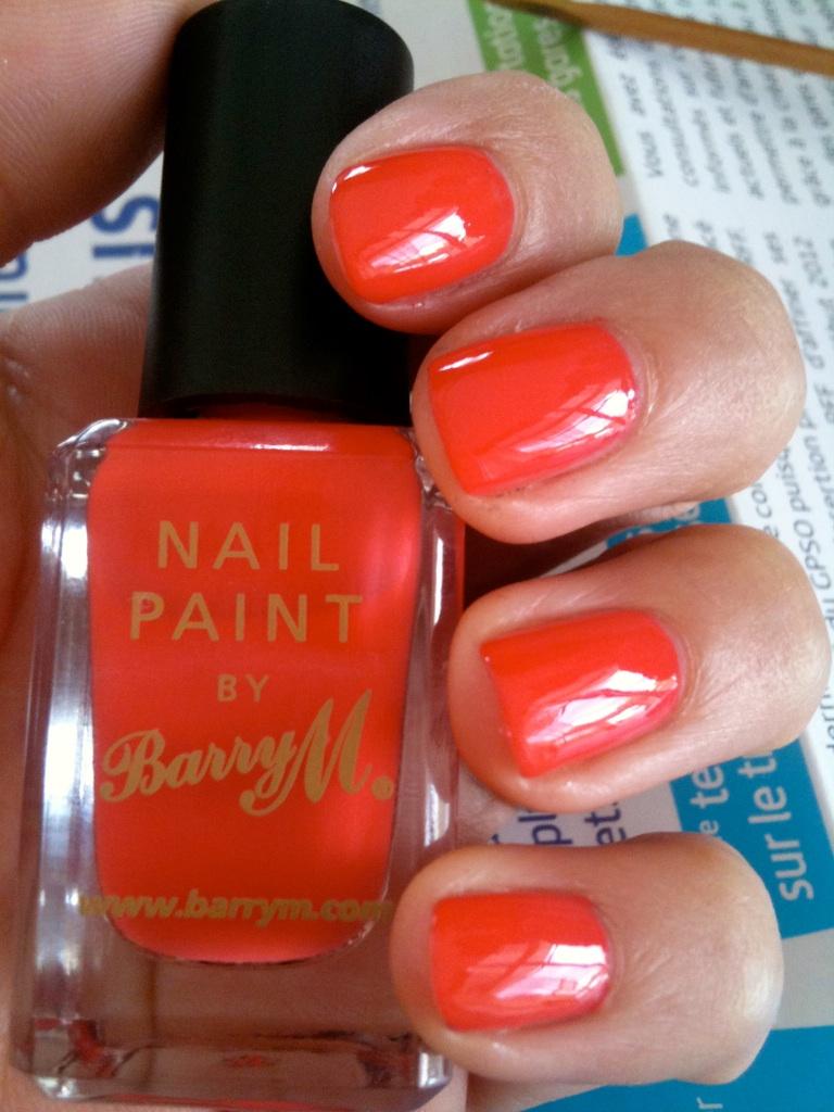 vernis corail orange