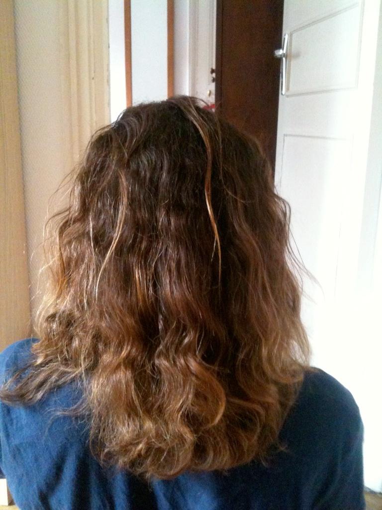 cheveux ondulés post lissage brésilien
