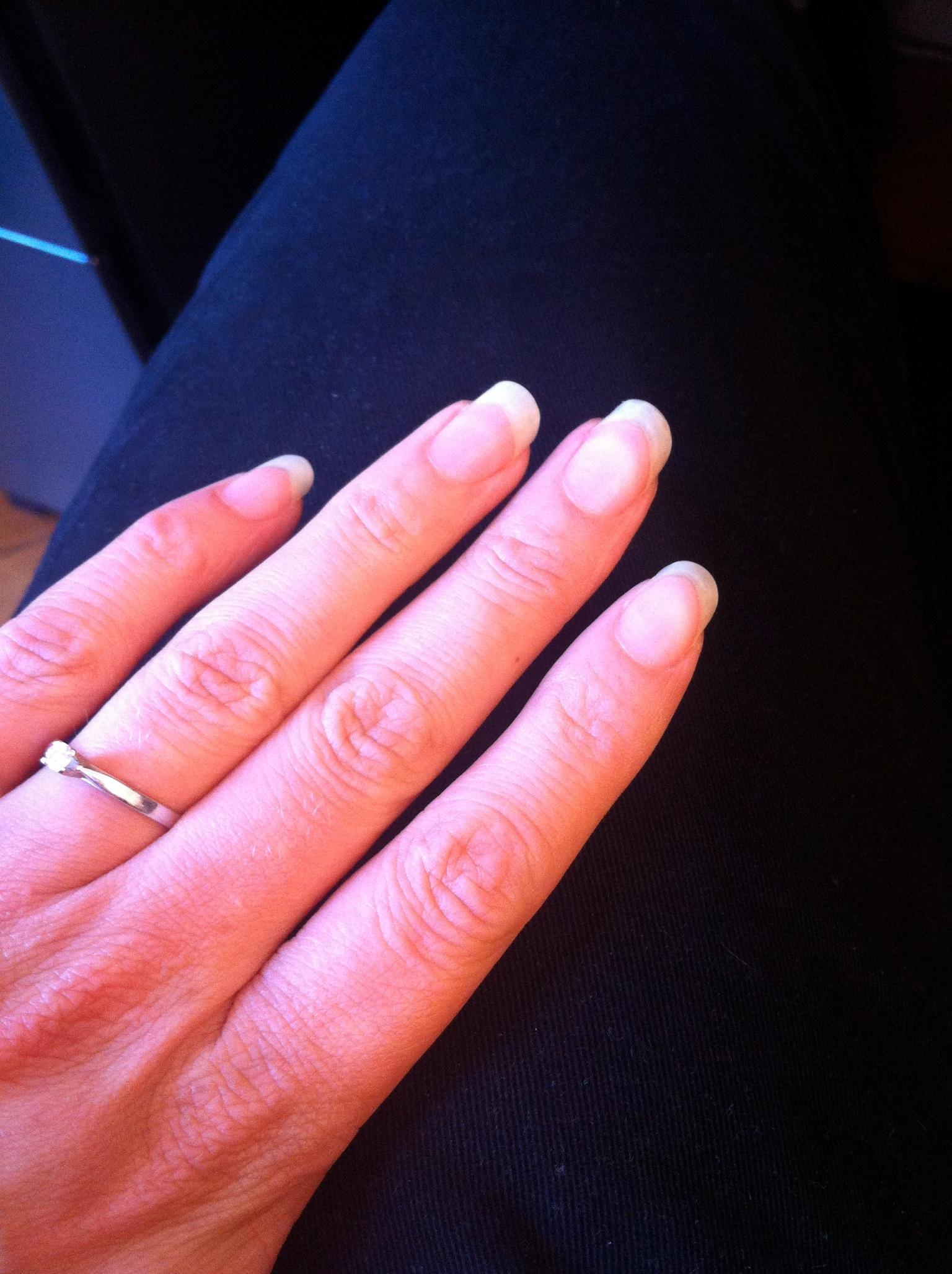 En guest-star, les ongles qui poussaient plus vite que leur ombre (il faut suivre pour les couper assez régulièrement, hein)