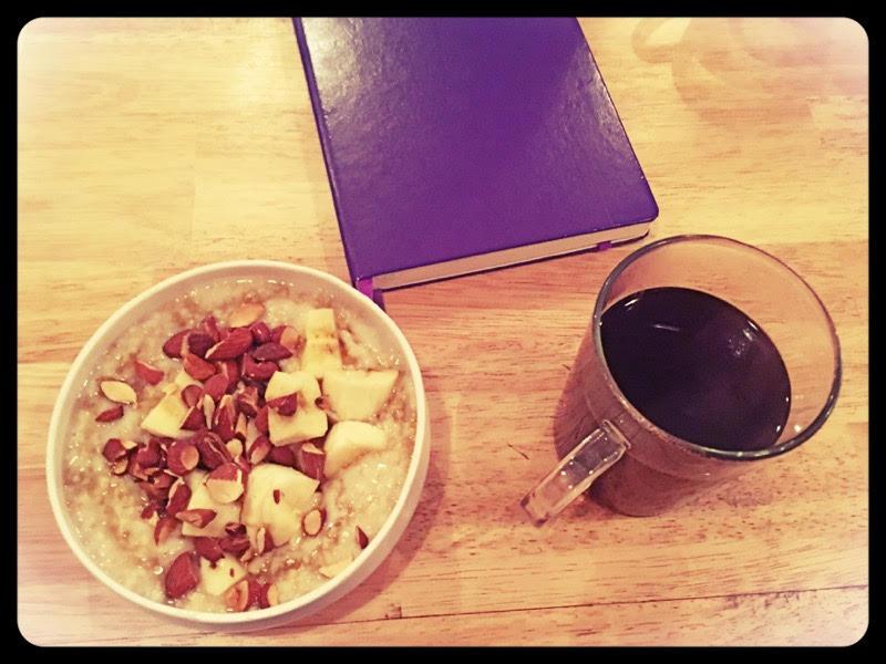 Petit déjeuner studieux et délicieux