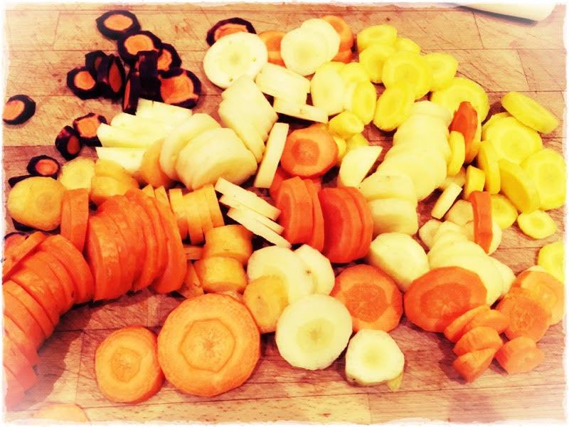 Bonus : l'enfant voulant goûter toutes les couleurs, ça lui fait avaler 4 rondelles de carotte, c'est toujours ça de pris.
