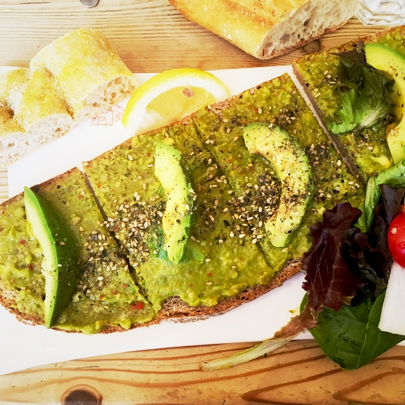 toast avocat pain quotidien