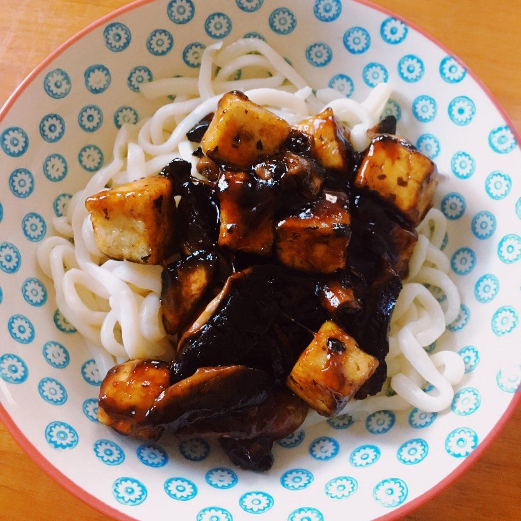 Tofu vegan caramélisé
